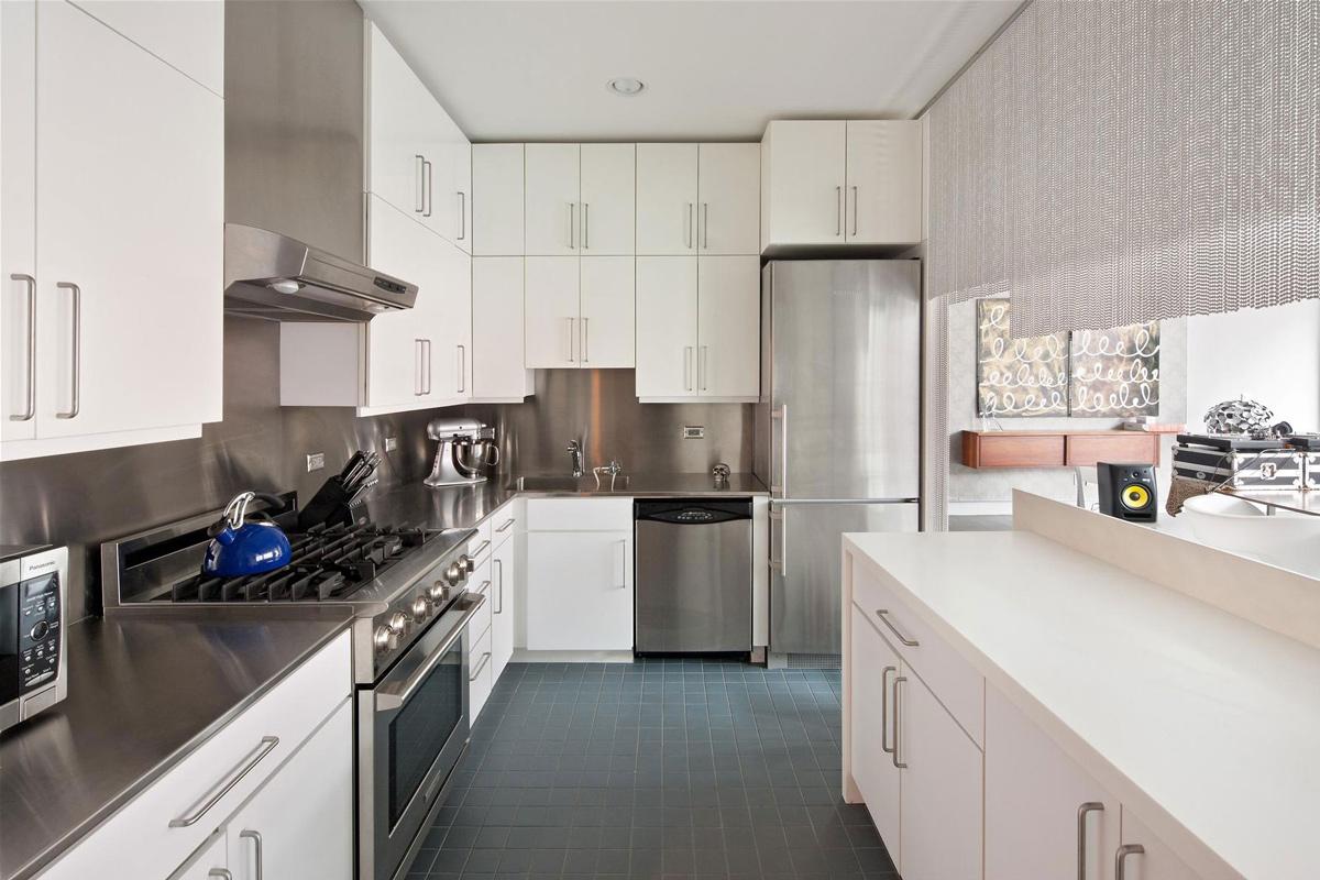 Apartment in New York City Kitchen