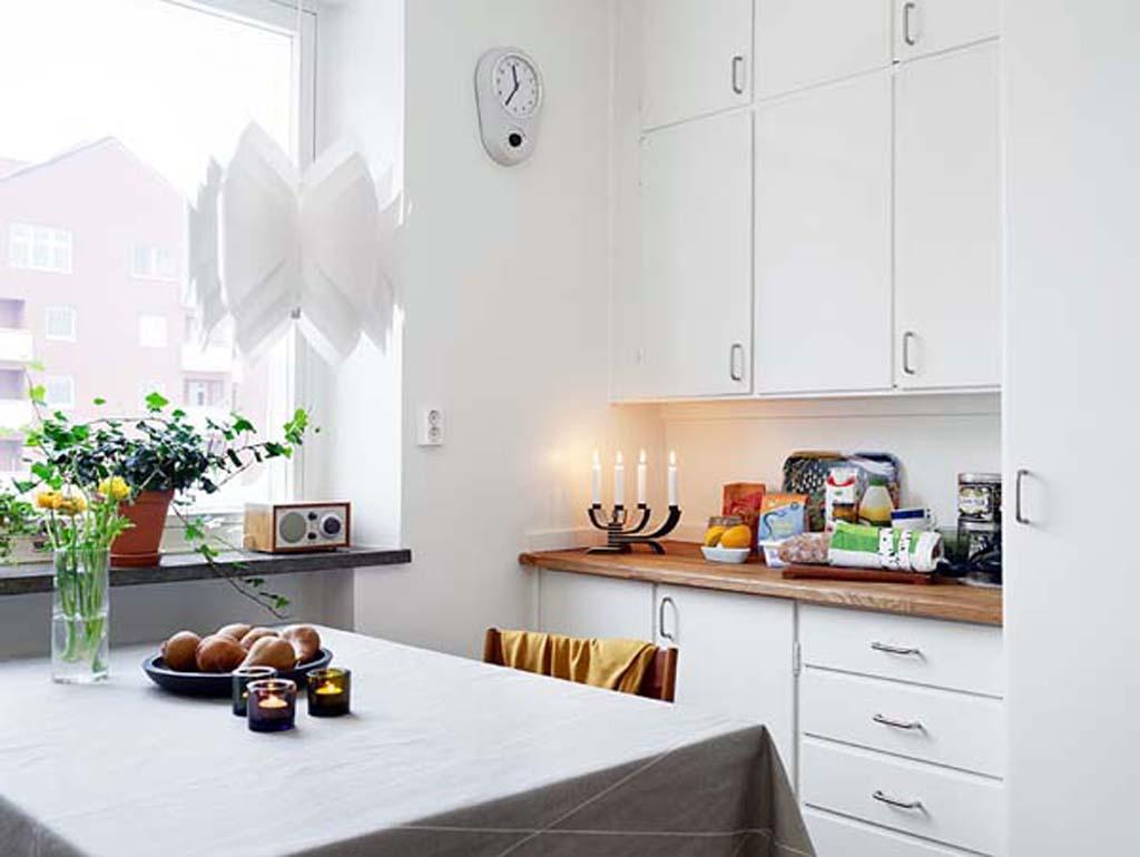 Bright White Themed Kitchen Designed in Apartment Interior Design Furnished with Modern Kitchen Furniture
