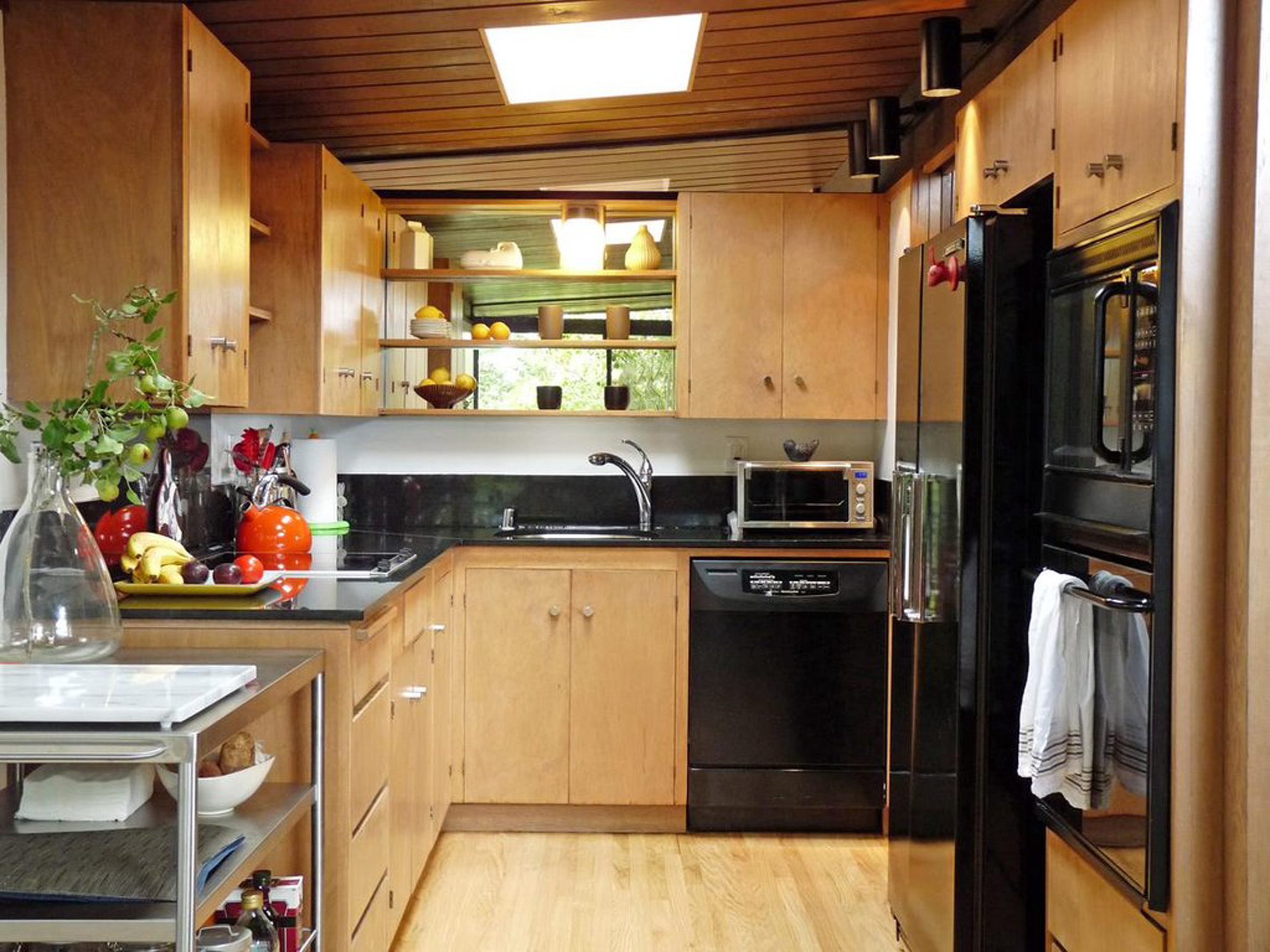 Inspiring natural secret of brown woody kitchen design in apartment lovely and special ideas for apartement kitchen design