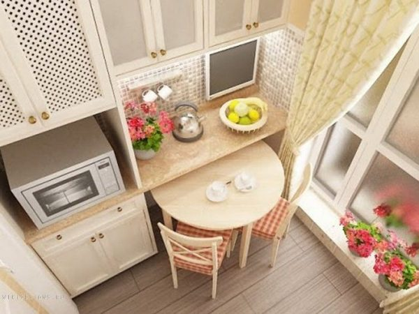 malenkij kuhonnyj stol8