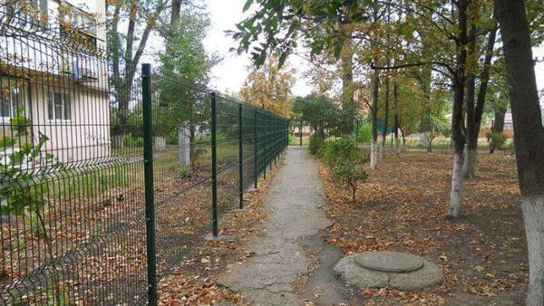 Заборные секции из металла properimetr.ru